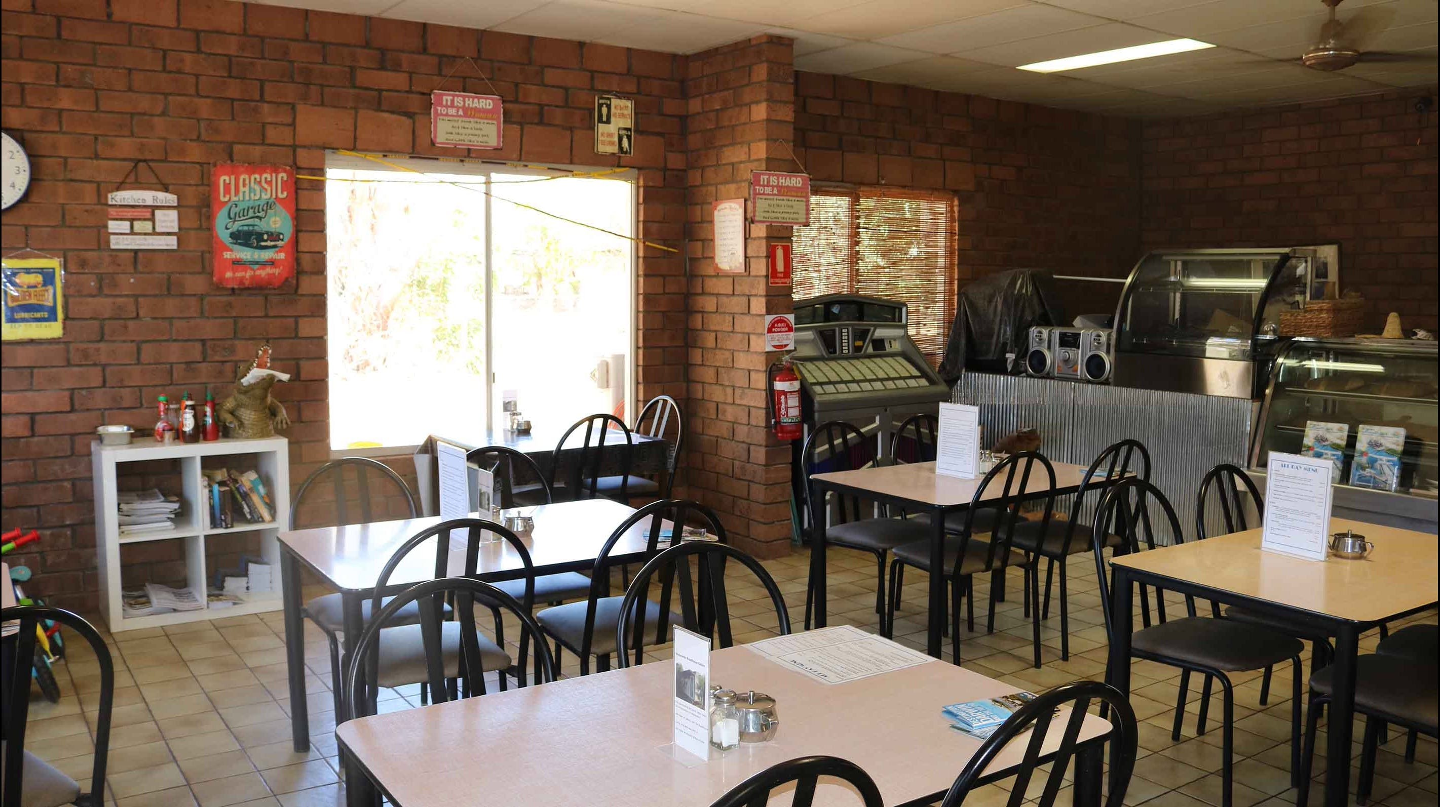 Mataranka Roadhouse and Cabins - WA Accommodation