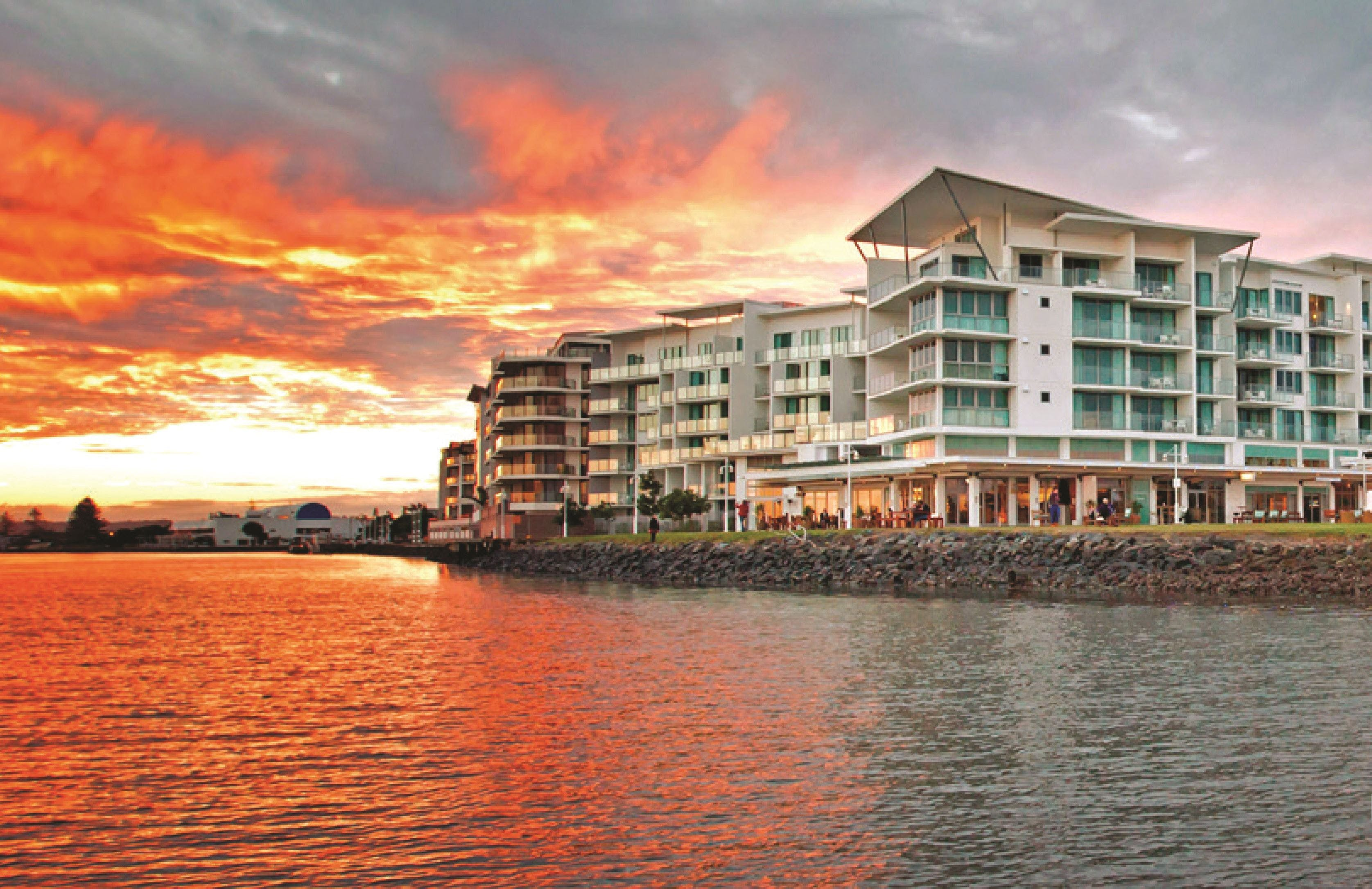 Ramada Hotel  Suites Ballina - WA Accommodation