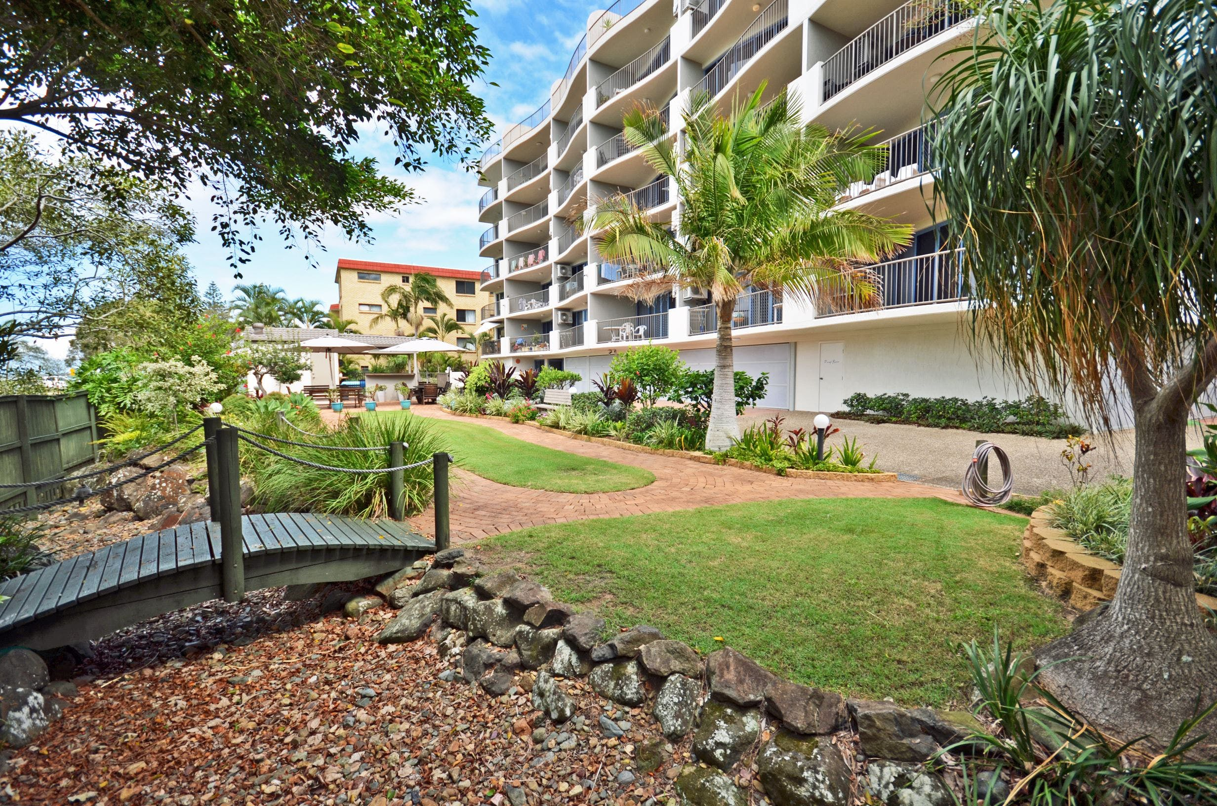 Sails Resort on Golden Beach - WA Accommodation