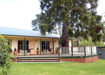 Snowy River Homestead Bed and Breakfast - WA Accommodation