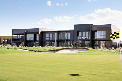 Golf Retreats Torquay - WA Accommodation