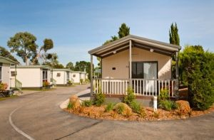 Airport Tourist Village Melbourne - WA Accommodation