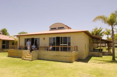 Discovery Holiday Parks - Koombana Bay - WA Accommodation