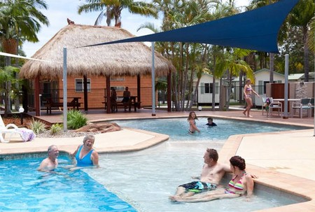 Blue Dolphin Resort & Holiday Park