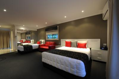 The Gateway Village Holiday Park - WA Accommodation