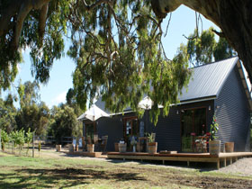 No. 58 Cellar Door  Gallery - WA Accommodation