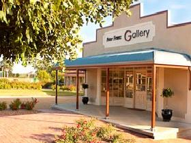Peter Franz Fine Art Gallery - WA Accommodation