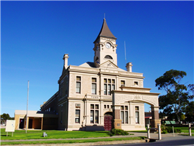 Historic Wallaroo Town Walk - WA Accommodation