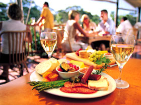 Eldredge Vineyards And Restaurant - WA Accommodation
