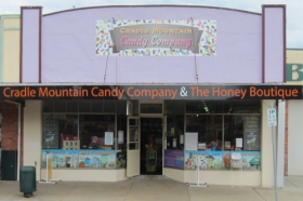 Cradle Mountain Candy Company and Honey Boutique - WA Accommodation