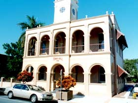 Mackay Town Hall - WA Accommodation