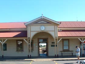 Maryborough Railway Station - WA Accommodation