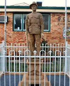 Soldier Statue Memorial Chinchilla - WA Accommodation