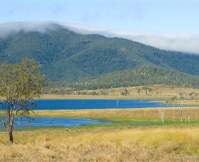 Lake Elphinstone - WA Accommodation