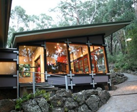 Qdos Arts - WA Accommodation