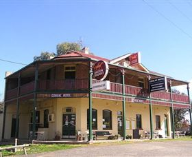 Coolac Hotel - WA Accommodation