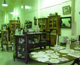 Glenleigh Antiques - WA Accommodation