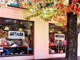 Matilda Bookshop - WA Accommodation