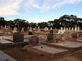 Langhorne Creek Cemetery - WA Accommodation