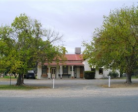 Round Hill Hotel - WA Accommodation