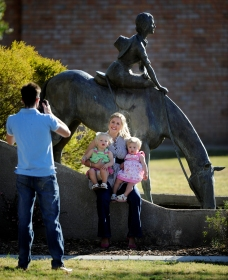 Dorothea Mackellar Memorial Statue - WA Accommodation