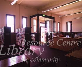 Sir Henry Parkes Memorial School Of Arts Tenterfield - WA Accommodation