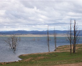Lake Eucumbene - WA Accommodation
