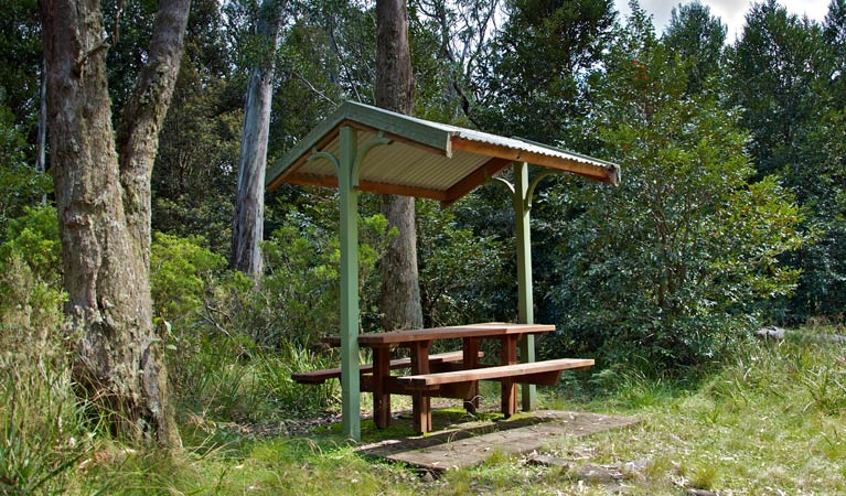 Devils Hole lookout walk and picnic area - WA Accommodation