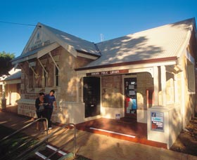 Dongara Heritage Walk - WA Accommodation