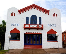 Dungog James Theatre - WA Accommodation