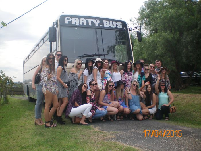 R  R Bus and Leisure Hire - WA Accommodation