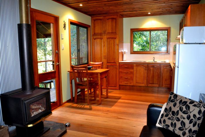 Waterfall Hideout-Rainforest Cabin for Couples - WA Accommodation