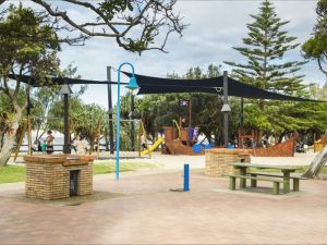 Caloundra Coastal Walk - WA Accommodation