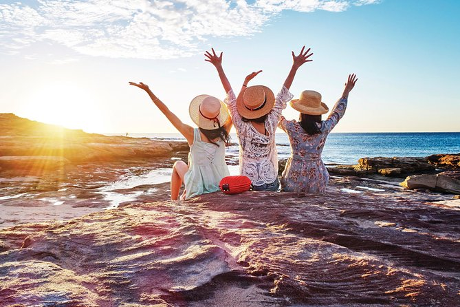 4-Day Coastal Loop via Monkey Mia Wild Dolphins Kalbarri Pinnacles Perth Return