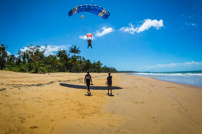 Beach Skydive from up to 15000ft over Mission Beach - WA Accommodation