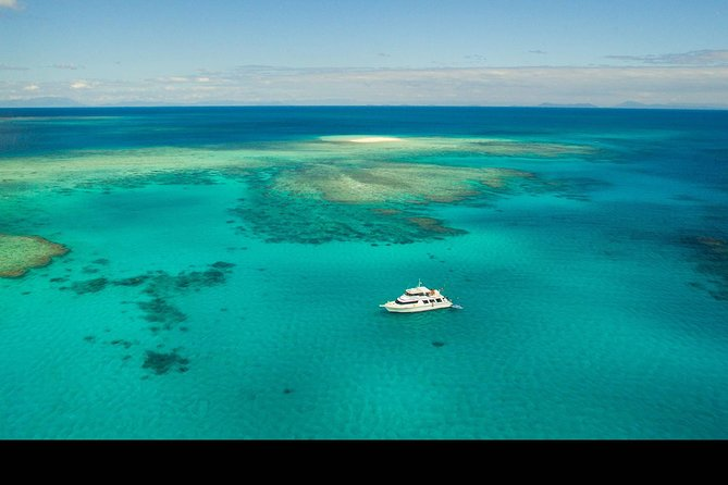 Great Barrier Reef Dive and Snorkel Cruise from Mission Beach - WA Accommodation