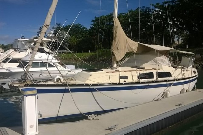 Private HireMagnetic Island Lunchtime Sailing Cruise - WA Accommodation