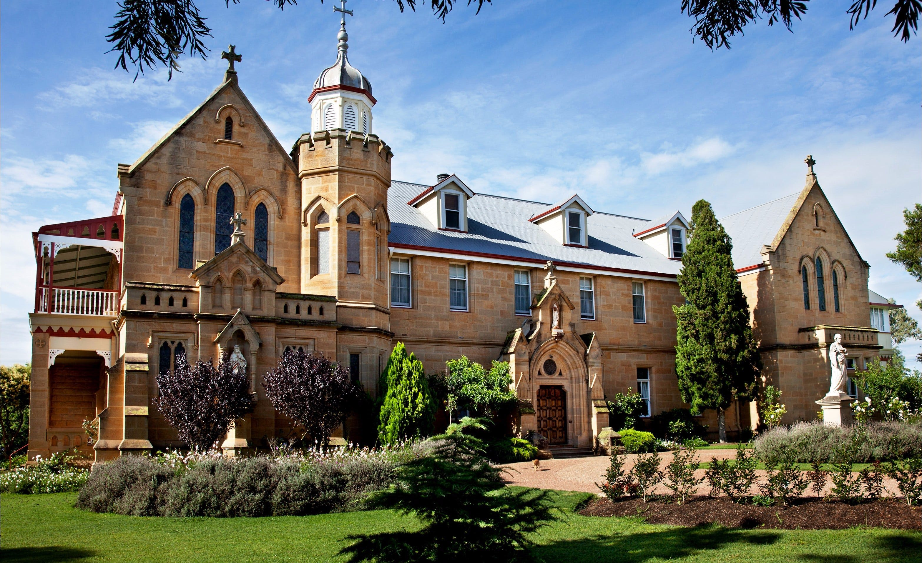 Abbey of the Roses - WA Accommodation