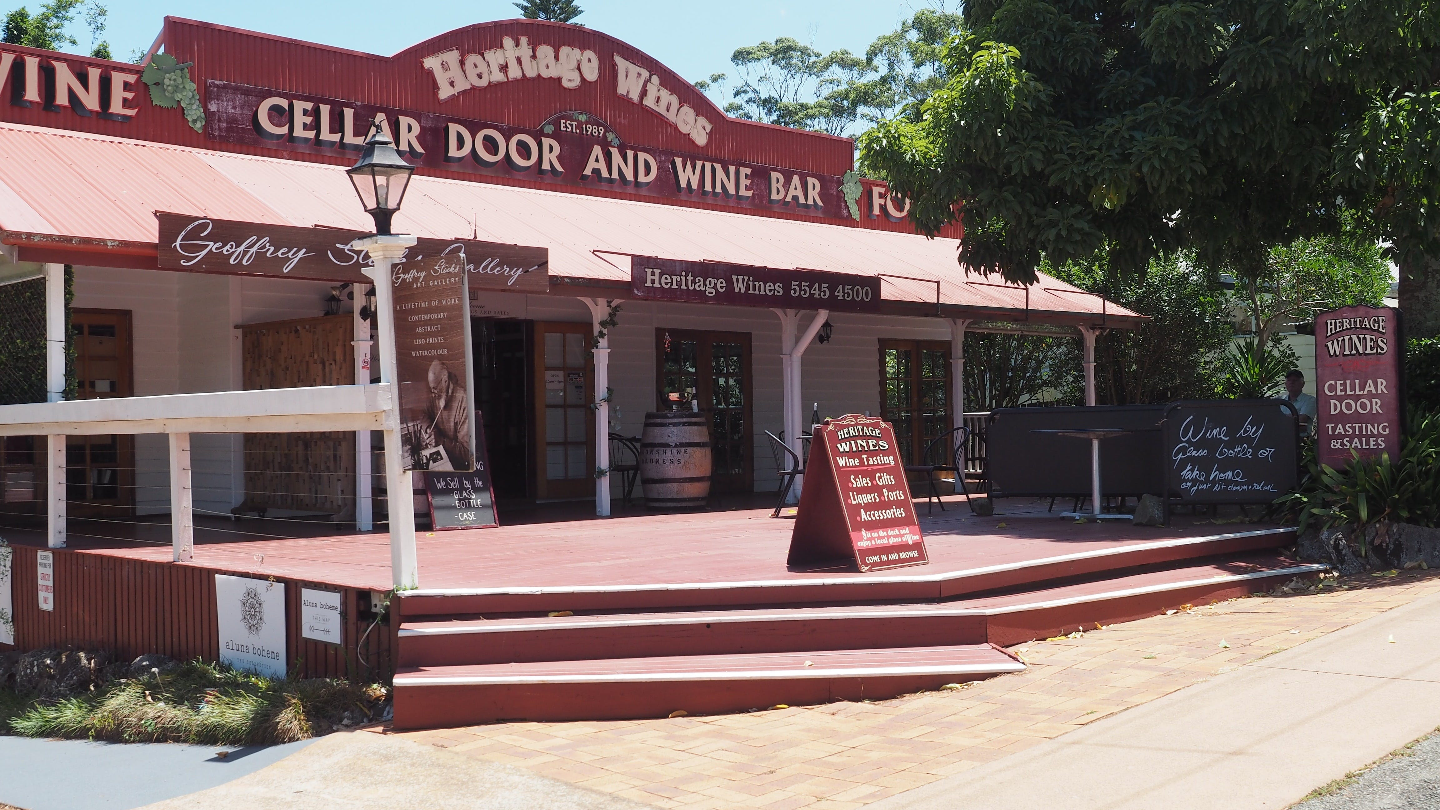 Heritage Estate Winery Cellar Door - WA Accommodation