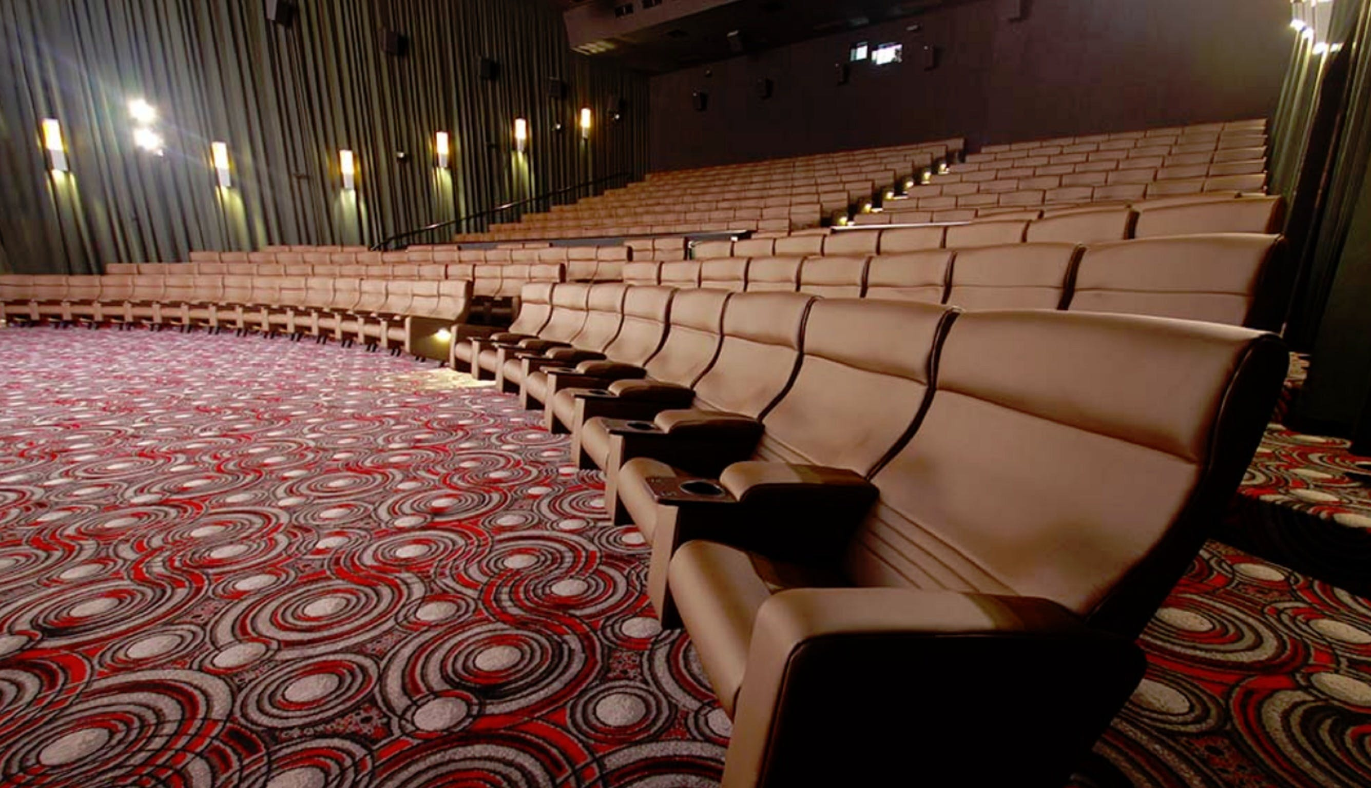 Grand Cinemas - Armadale - WA Accommodation