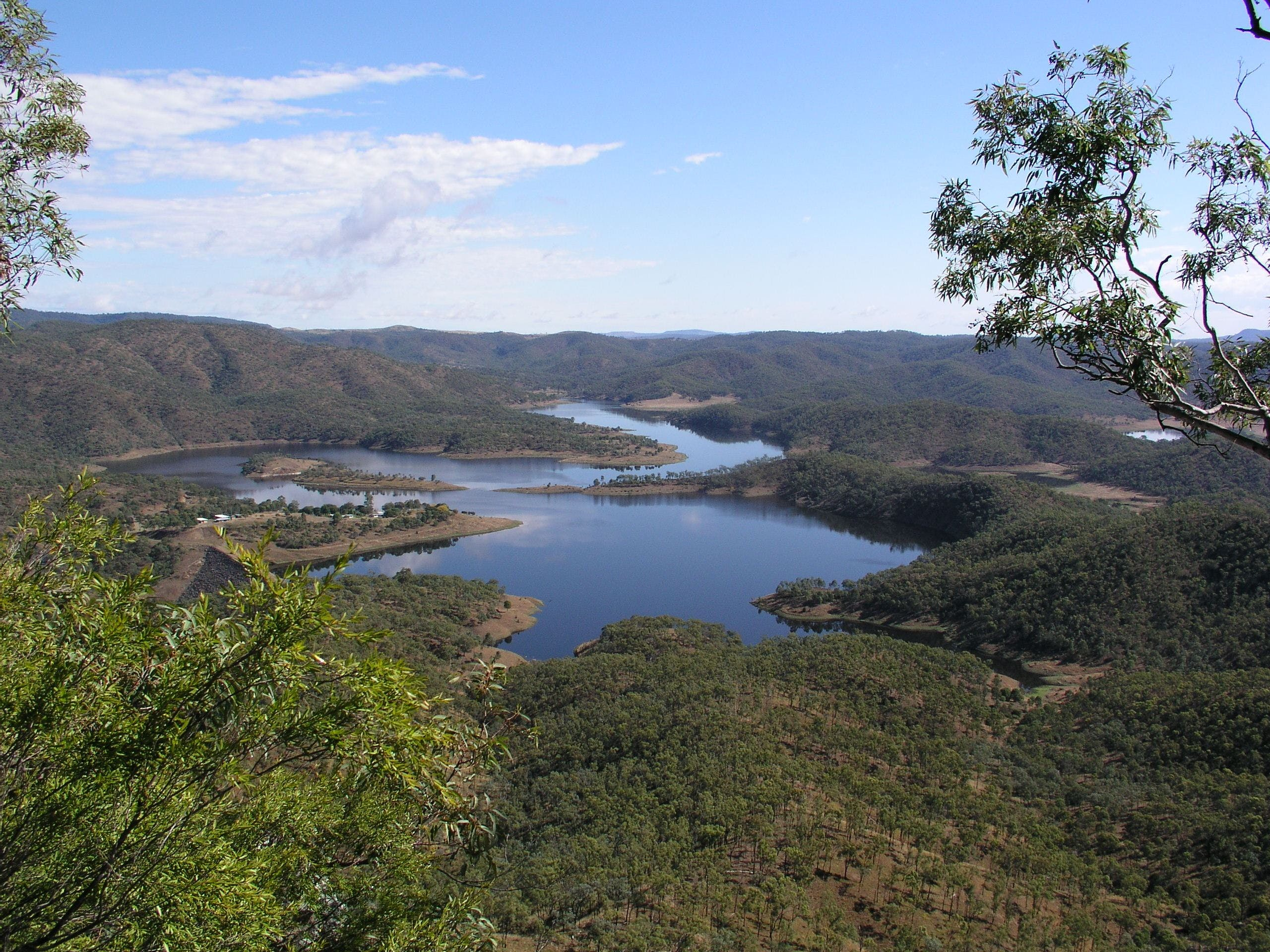 Lake Cania - WA Accommodation