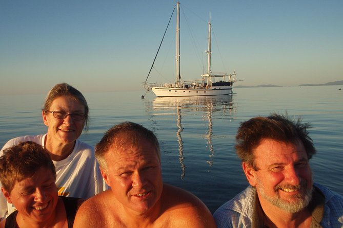 Great Barrier Reef Luxury Expedition Cruise cabin booking 7 days 6 night - WA Accommodation