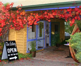 Macedon Ranges Arts Collective - WA Accommodation