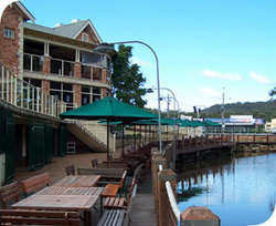The Woodport Inn - WA Accommodation