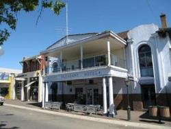 Mount Pleasant Hotel - WA Accommodation