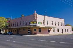Railway Hotel - WA Accommodation