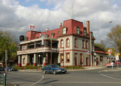 The Grand Hotel Healesville - WA Accommodation