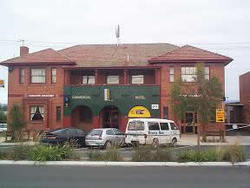 Commercial Hotel Hayfield - WA Accommodation