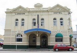 The London Hotel - WA Accommodation