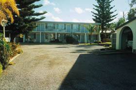 Troubridge Hotel - WA Accommodation